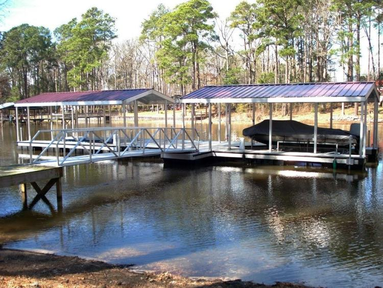 wahoo aluminum docks commercial community dock with gable roof and gangway