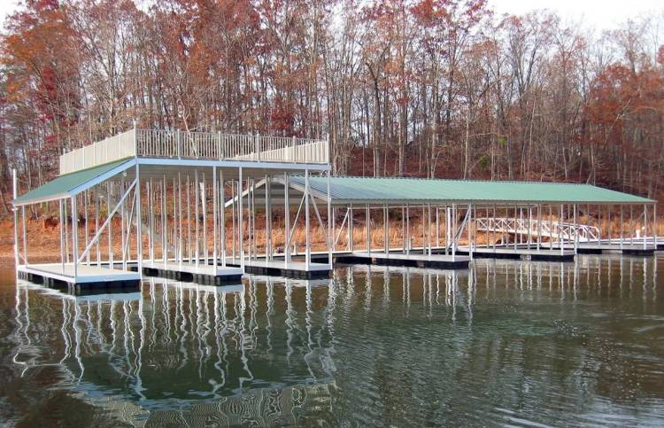 wahoo aluminum docks commercial community dock with upper deck and gangway - pole anchoring