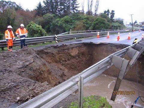 20150620 Waikawa Stream Bridge