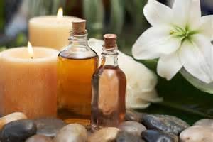 Aromatherapy massage1