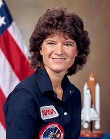 Ms Ride, a former tennis champion, decided to become an astronaut in 1977 after she saw a Nasa advertisement in the campus newsletter while studying English and physics.