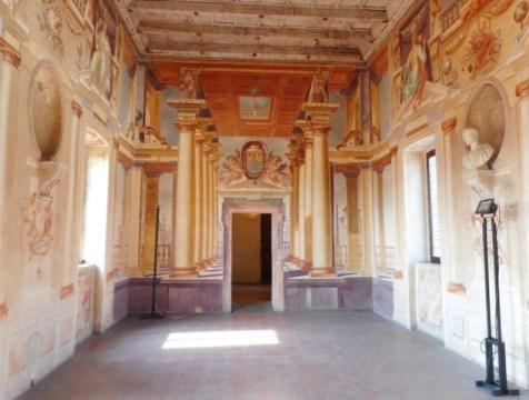 Sabbioneta Galleria, internal