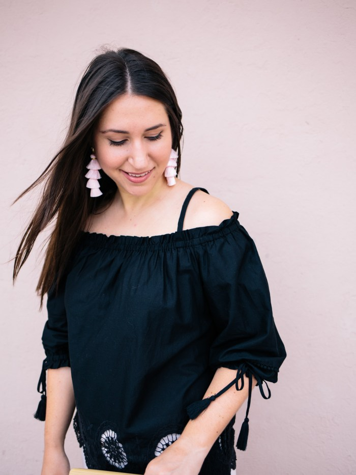 8c85c05ea12e When I think of summer I think of off-the-shoulder tops showing sun-kissed  skin and fun pops of color. I don t typically wear too much black in the  heat but ...