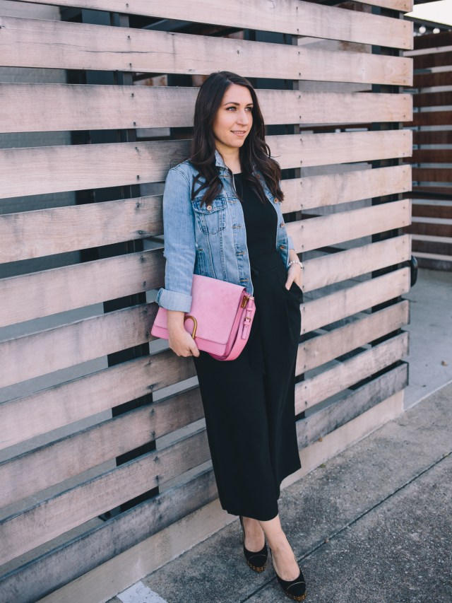 Valentine's Day Look on Waketon Road wearing Fossil bag