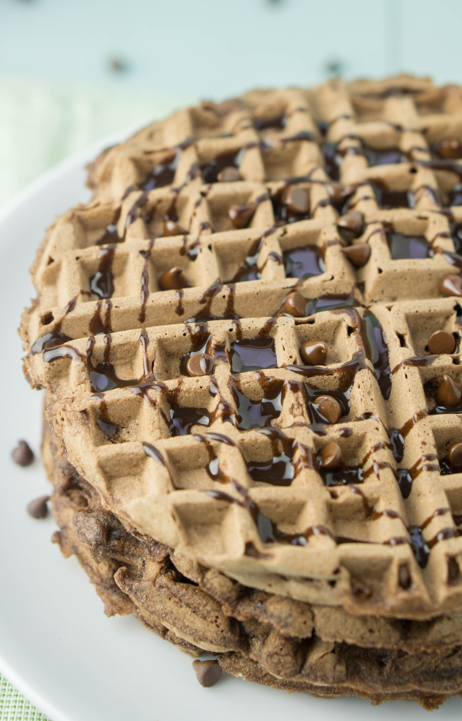 HEALTHY Double Dark Chocolate Waffles! the best dessert for breakfast a healthy foodie could possibly wish for! #healthy #chocolate #waffles #recipe   www.wakeuptowaffles.com