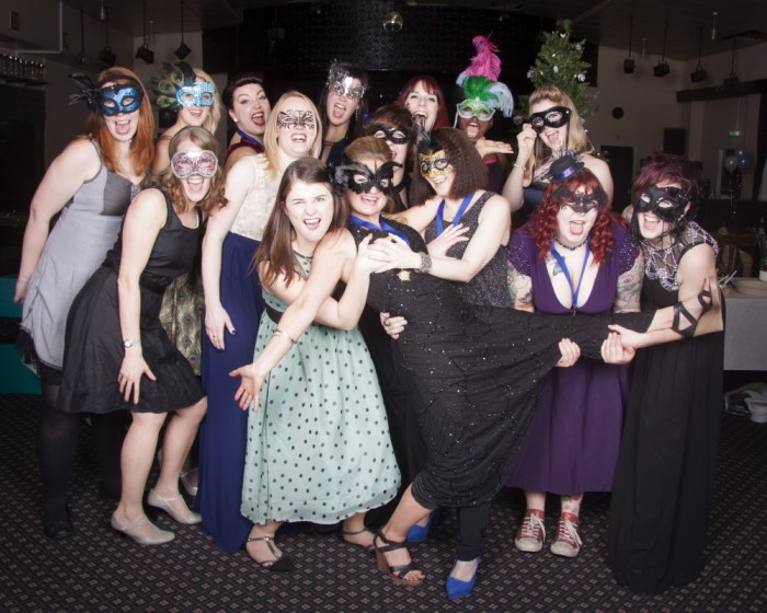 b800dc50806f Cats Scoop Awards at the Winter Masquerade Ball | Wakey Wheeled Cats