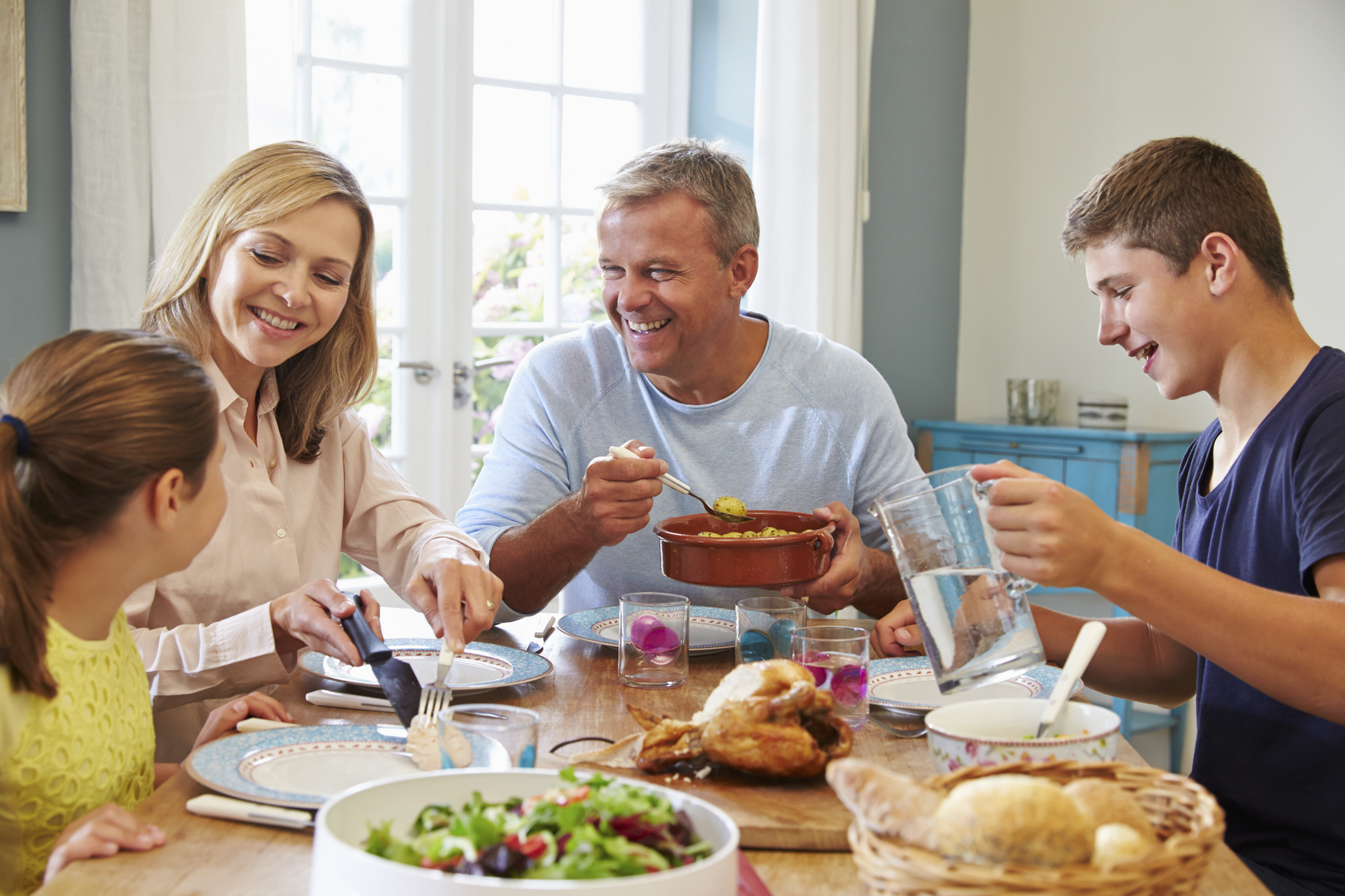 6 Meal Coaching Tips For Parents Who Have A Child With An