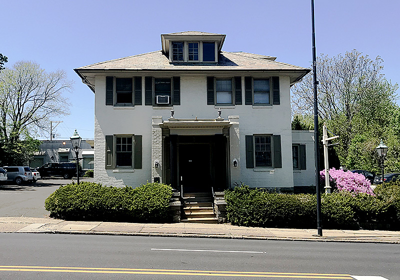 Hellweg Funeral Home building Jenkintown PA