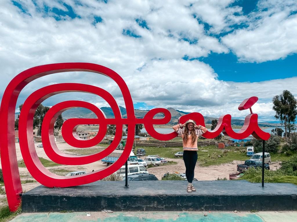 Peru sign at Bolivia border