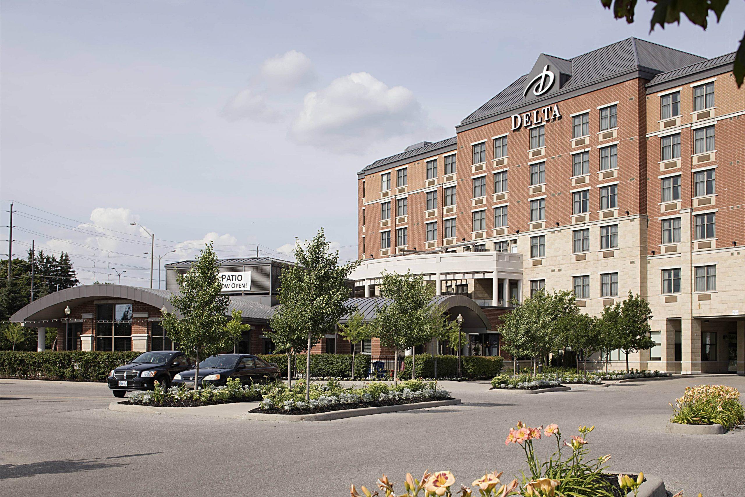 delta hotel in guelph outside