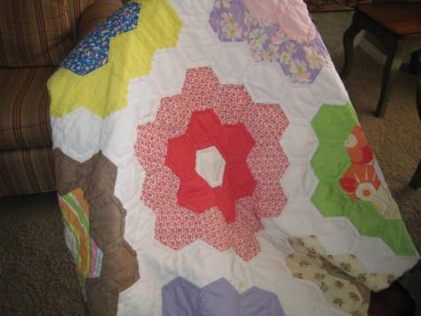 Flower quilt 001