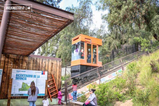 Parque Bicentenario de la Infancia del cerro San Cristóbal de Santiago de Chile - © walkingstgo - 2