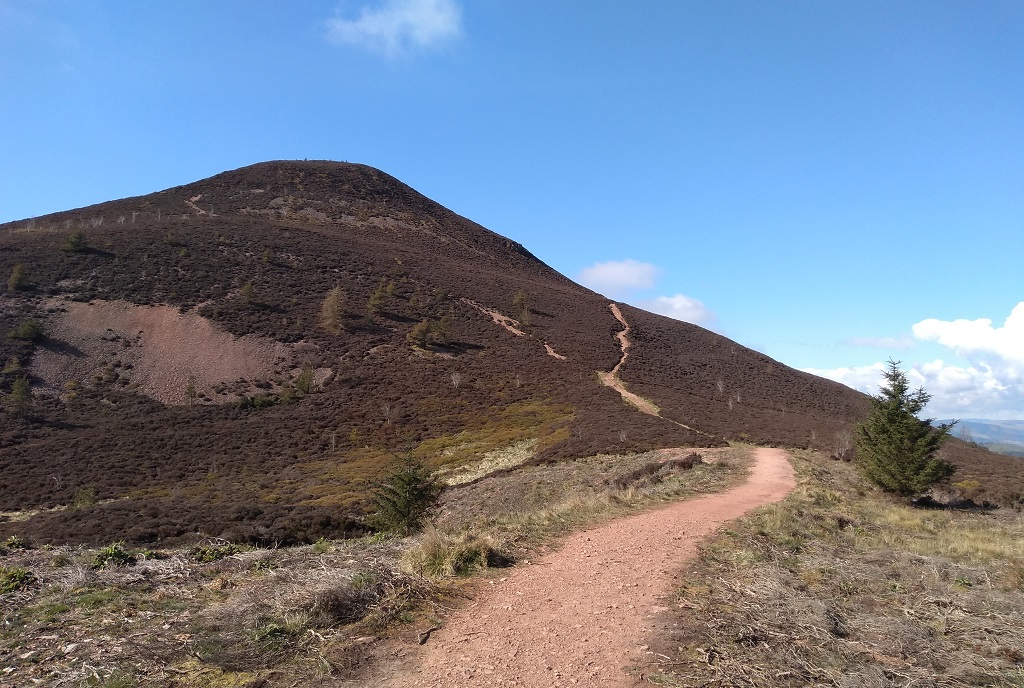 eildon hills path