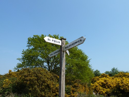 The signpost to Walberswick from Southwold Aprill 2011