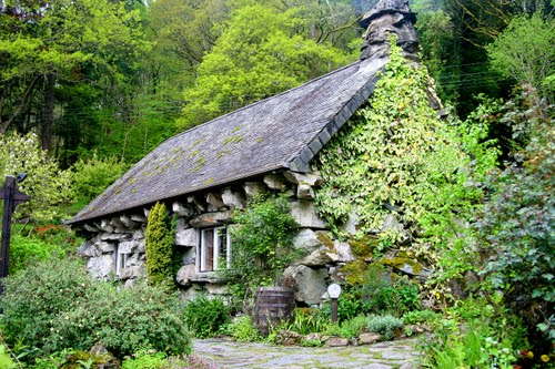 Walks And Walking - Wales Walks Snowdonia Betws-y-Coed Walking Route -Ty Hyll - The Ugly House