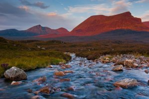 3 of the Best Mountain Walking Routes in Scotland - Photo by David Ross Photography
