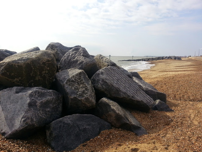 Walks And Walking - Languard Fort Felixstowe Walking Route - Beach