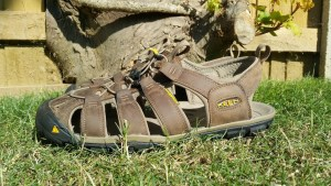 KEEN Clearwater Leather CNX Walking Sandals - Side