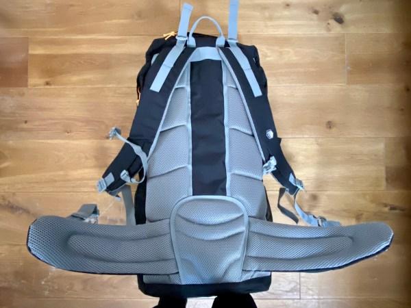 Regatta Survivor III 85 litre rucksack mesh back