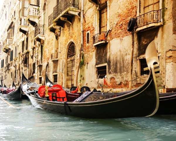 Photo op in Venice, Italy