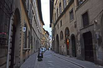Get off the beaten path across the Arno