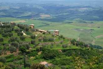Tuscany or Umbria?