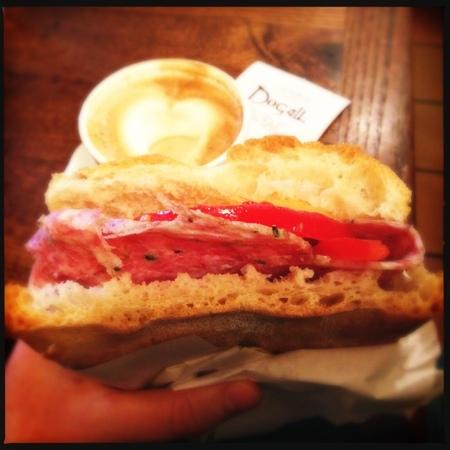 Dogali panino, Florence