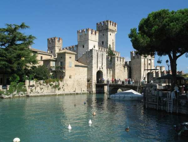 Sirmione: a popular destionation on Lake Garda