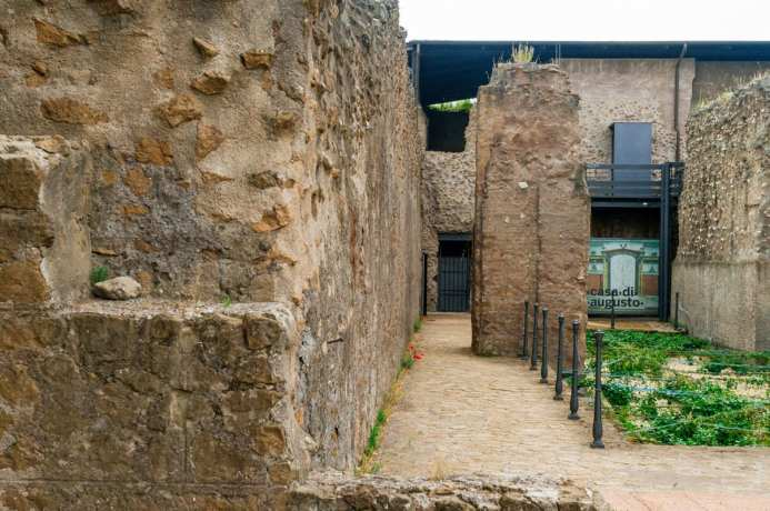 Casa di Augusto - The House of Augustus on Walks of Italy's 'Caesar's Palace Tour'