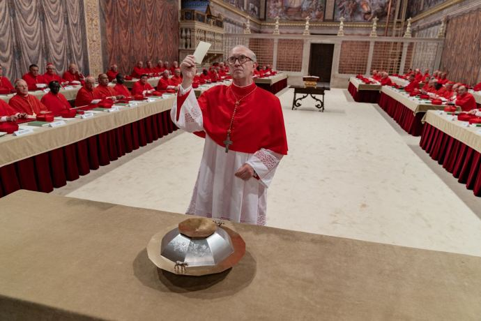 Jonathan Pryce as Pope Francis in Netflix film The Two Popes