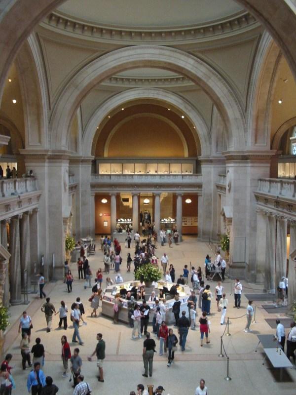 Great Hall Metropolitan Museum - Walks Of York