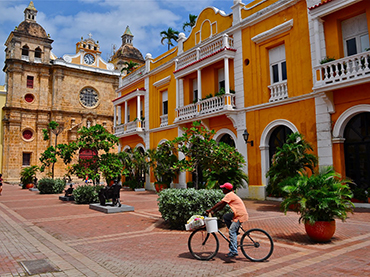 Visiting Cartagena during our winter escape and art workshop in South America