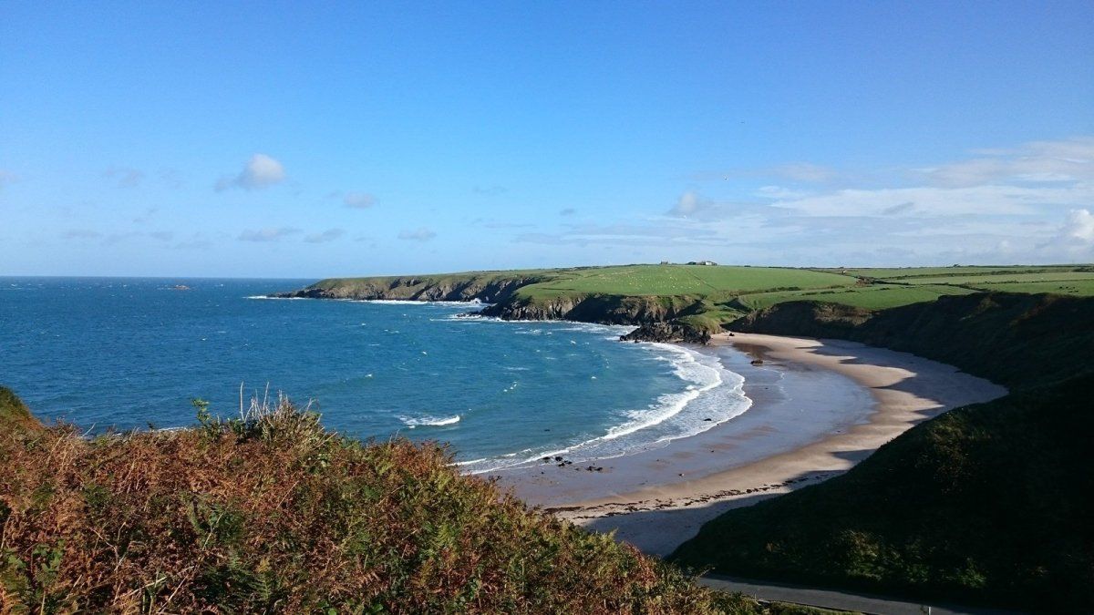 Walk the Wales Coast Path Porth Oer to Aberdaron
