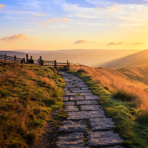 Sunrise over Hope Valley on Edale 9 Edges route
