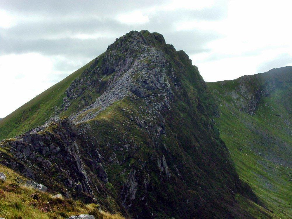 Walks Along Snowdonia S Nantlle Ridge Walk Up Snowdon