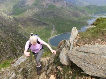 Walk up Snowdon Safely - Be Adventure Smart: Make your good day better