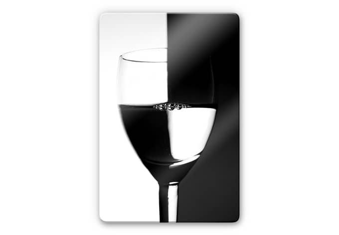Glasbild Weinglas schwarzweiss  visuelles Farbenspiel  wallartde