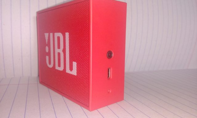JBL Go USB port