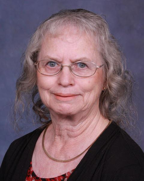 Headshot of Carolyn Collmorgen