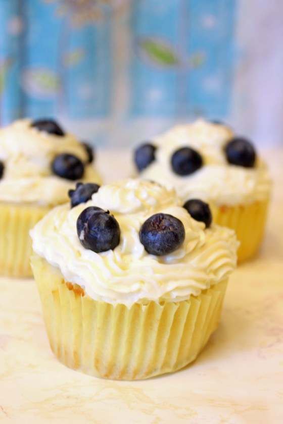 Summer Lemon Blueberry Cupcakes with Lemon Cream Cheese Frosting 4--082413