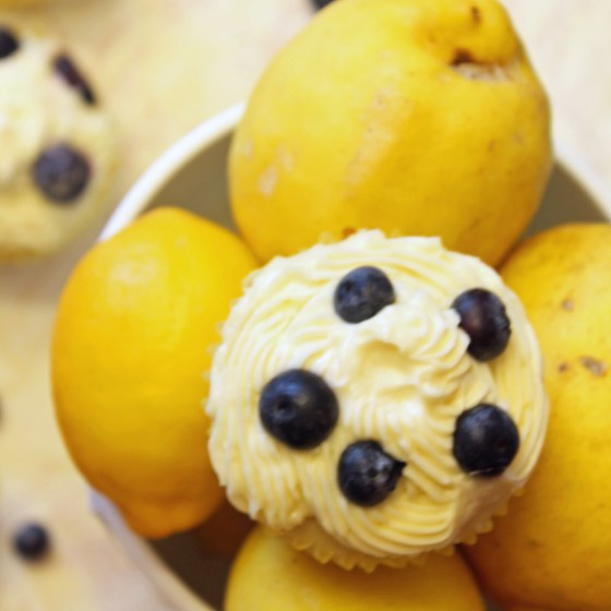 Summer Lemon Blueberry Cupcakes with Lemon Cream Cheese Frosting 8-082413