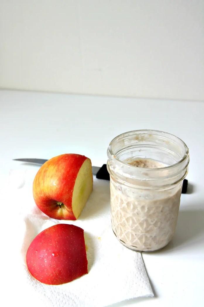 Apple Pie Overnight Oats 6--010715