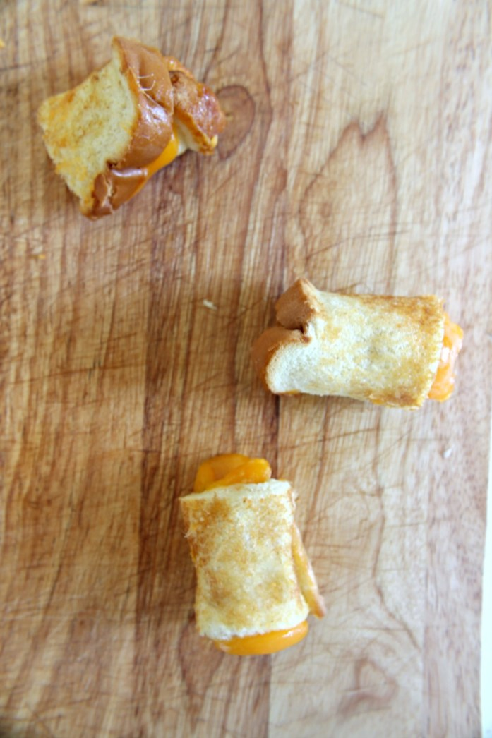 Grilled-Cheese-Roll-Ups-Kool-Aid 9--041315