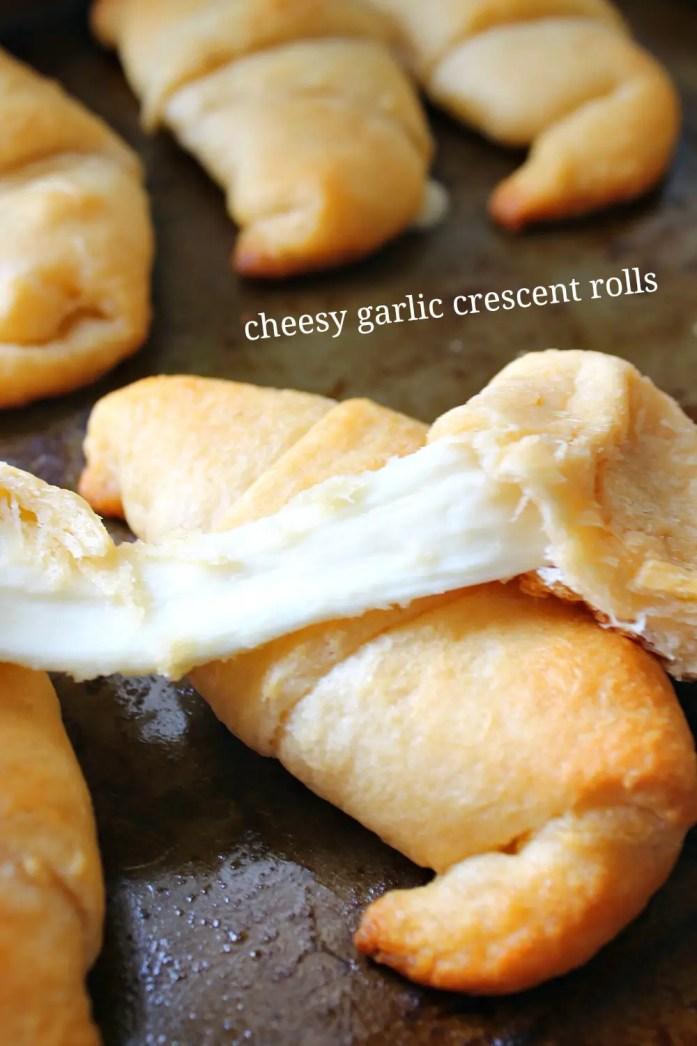 Cheesy Garlic Crescent Rolls 2--122615