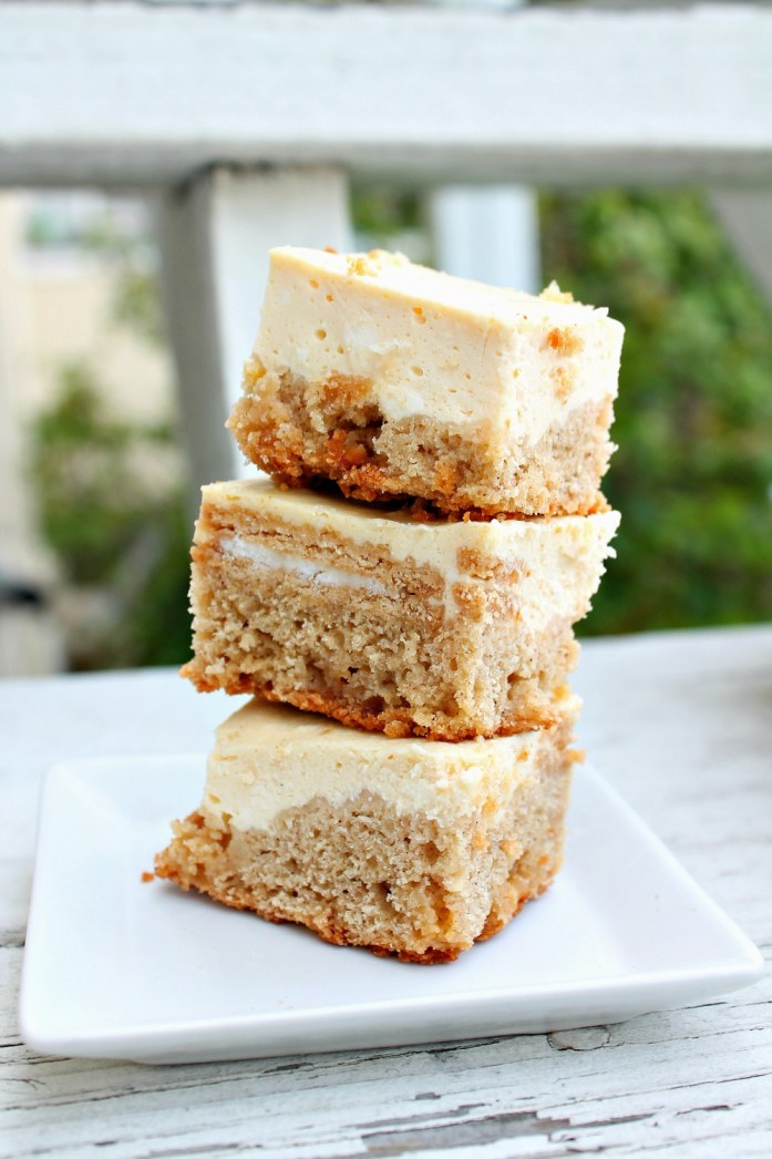 Golden Oreo-Stuffed Snickerdoodle Blondie Cheesecake Bars 1--121115