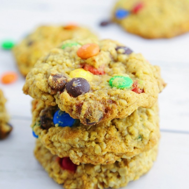 Easy Chewy Oatmeal M&M Cookies