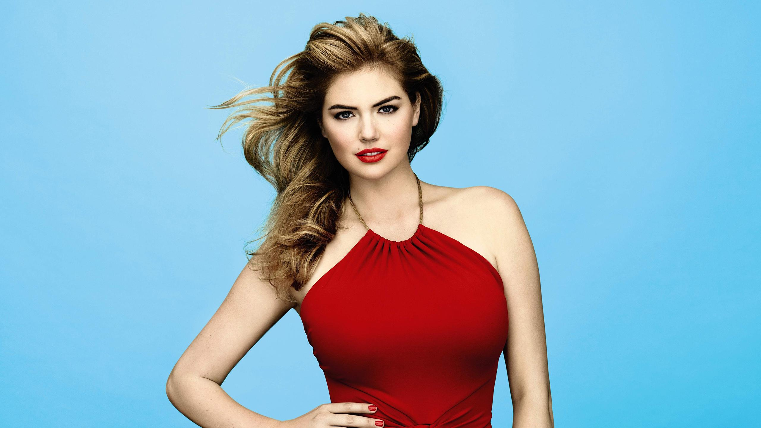 Cute Babydoll Wallpaper Celebrity Model Kate Upton Simple Background Red