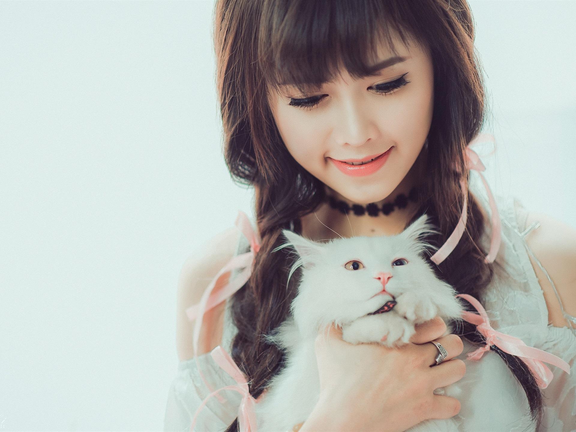 Hd Wallpaper Korean Cute Girl Smile Asian Girl And White Cat Wallpaper Girls