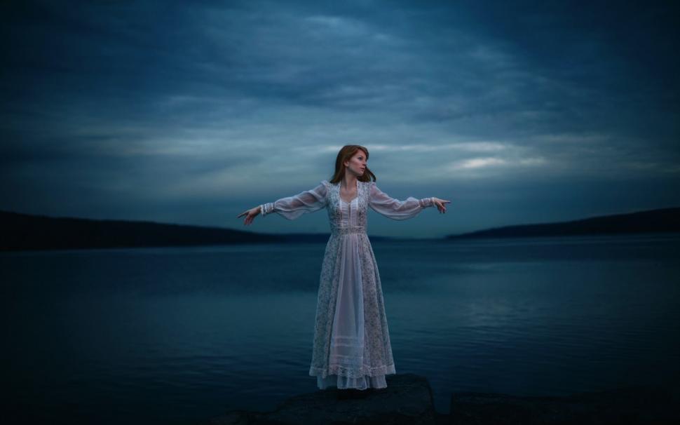 Lonely Girl Hd Wallpapers 1080p Lonely Girl Lake White Dress Night Wallpaper Girls