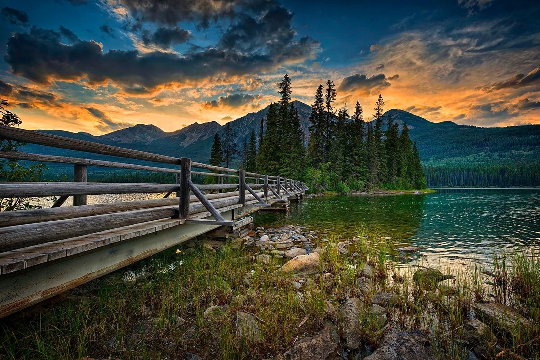 Beautiful Fall Paintings Wallpapers Jasper National Park Canada Landscape Lake Bridge